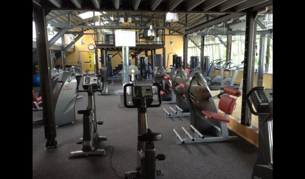 Gym image-Physio Point - Zentrum für Physiotherapie & med. Fitness