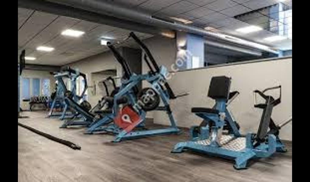 Gym image-The Cube - Sport-Fitness Club