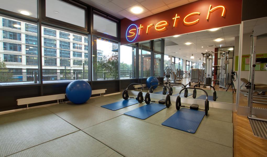 fitness first women alexanderplatz berlin gutschein sichern. Black Bedroom Furniture Sets. Home Design Ideas