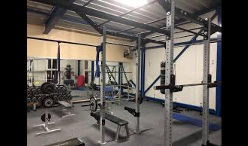 Gym image-Sportpark (Gesund und Fit)