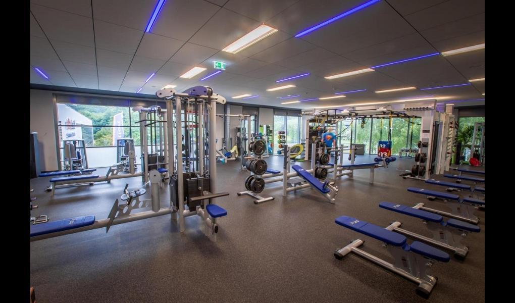 Studio Foto-X-FORCE Sports Club GmbH