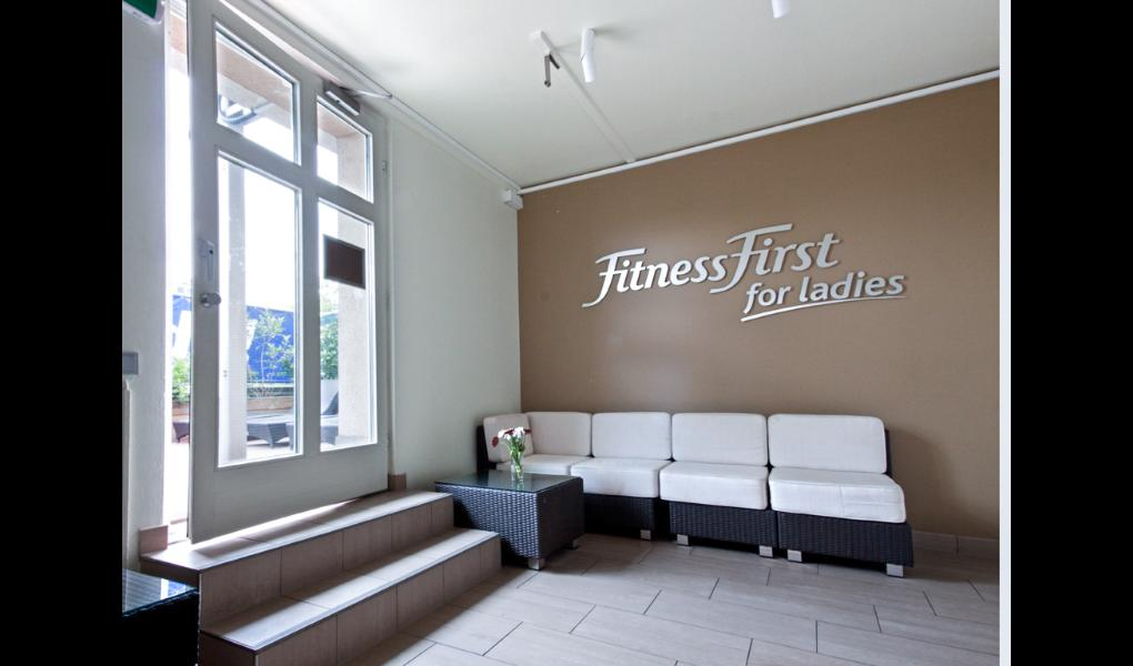 Studio Foto-Fitness First Women Sachsenhausen